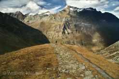 Via Alpina - zw. Ussegli und Colle della Croce di Ferro - Foto: © Wolfram Mikuteit