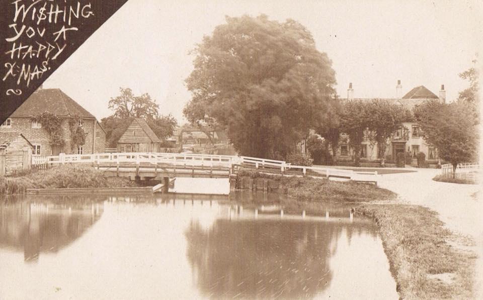 aldermaston swing bridge