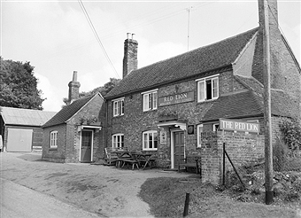 red lion compton
