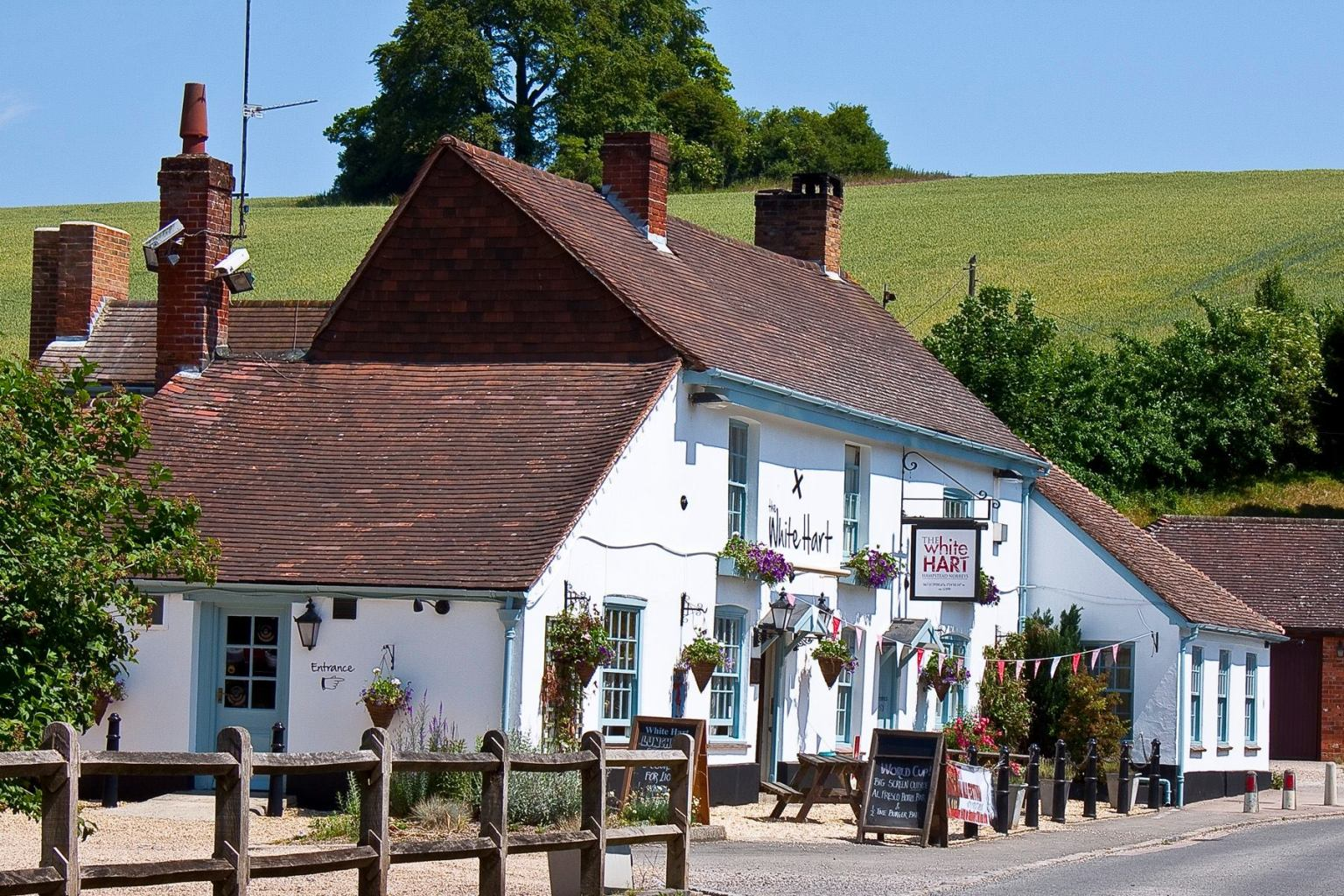 The White Hart Inn, Hampstead Norreys