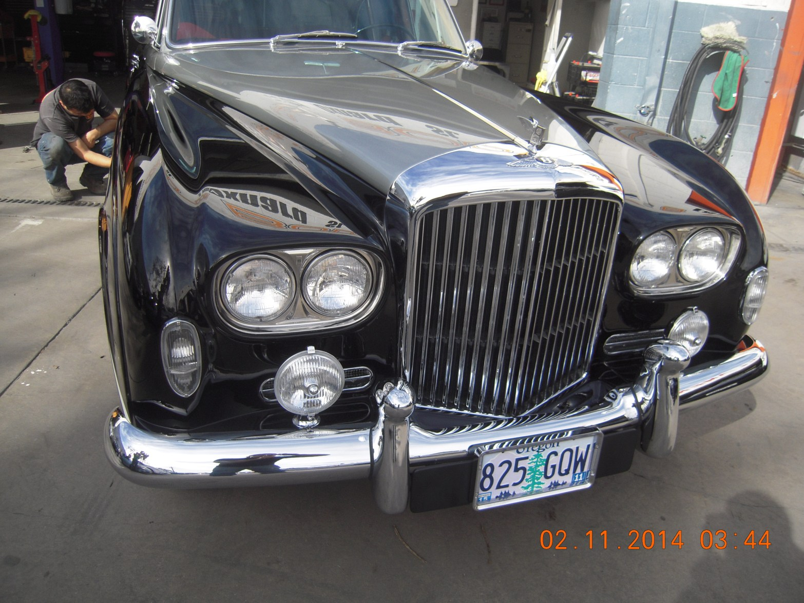 west-coast-body-and-paint-1953-bentley-continental-flying-spur-13
