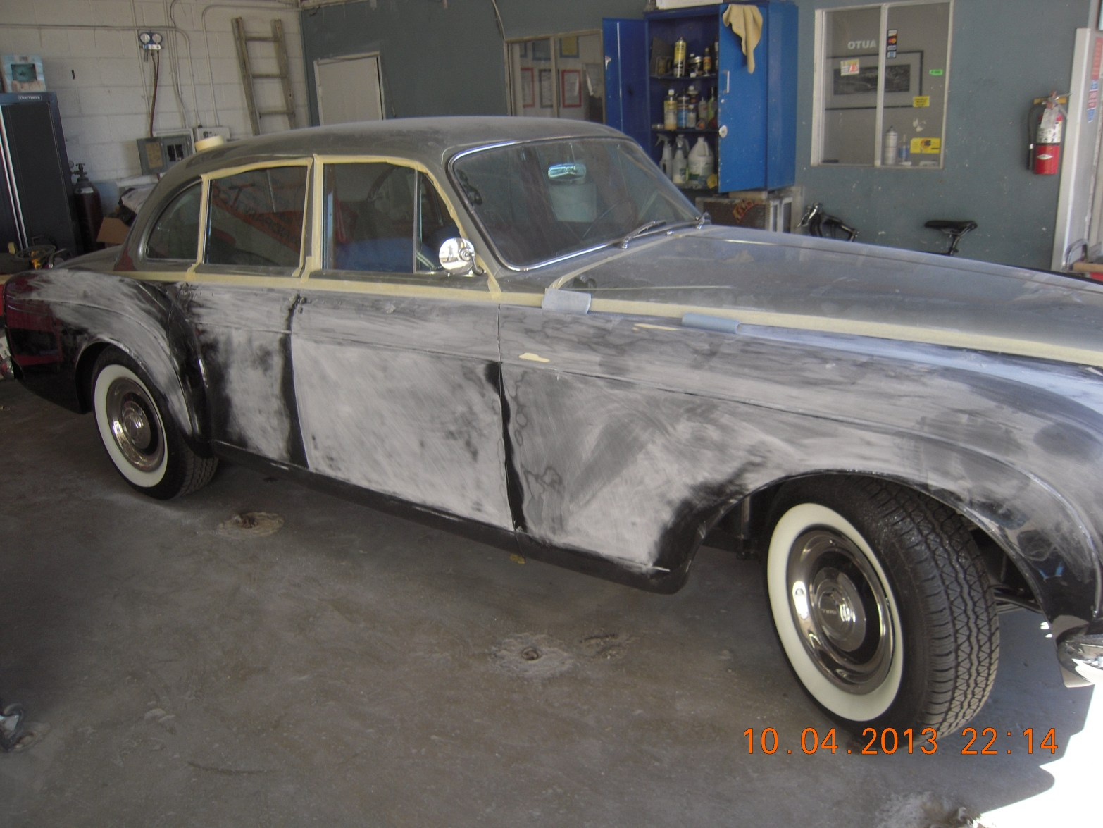 west-coast-body-and-paint-1953-bentley-continental-flying-spur-38