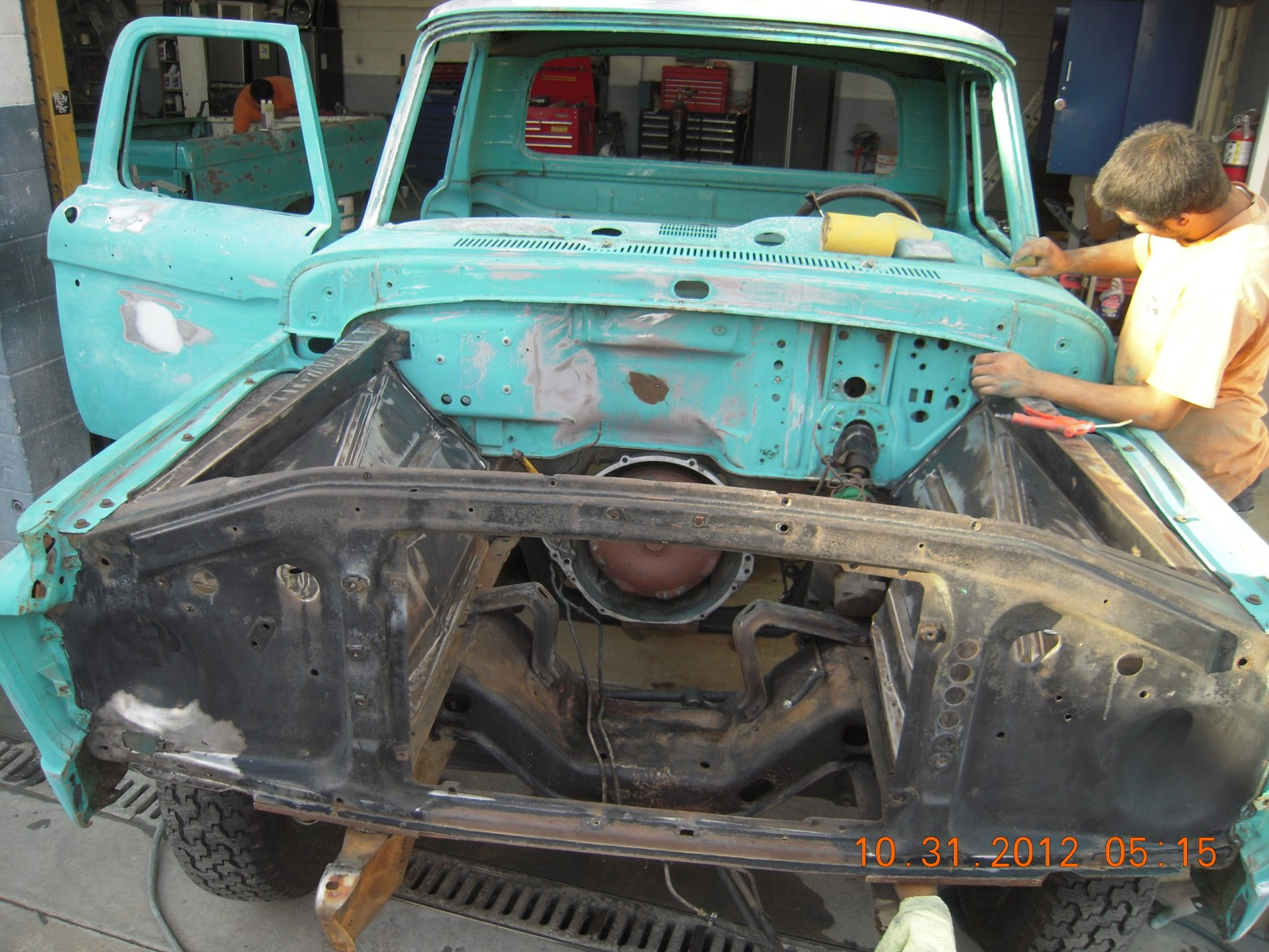 west-coast-body-and-paint-1966-ford-f100-green-white-12