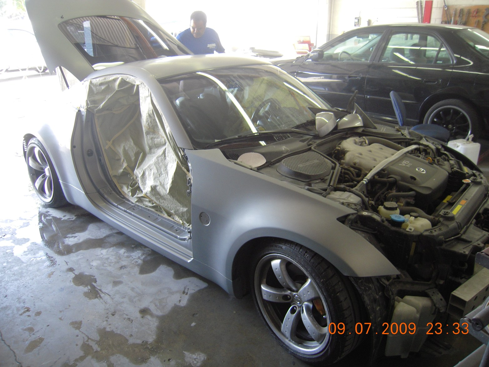 west-coast-body-and-paint-flat-black-nissan-350z-4