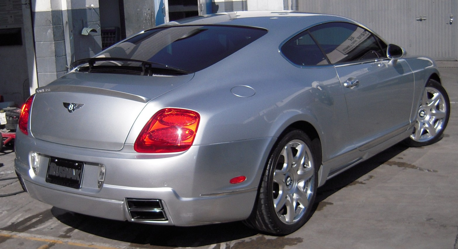 west-coast-body-and-paint-gray-bentley-5