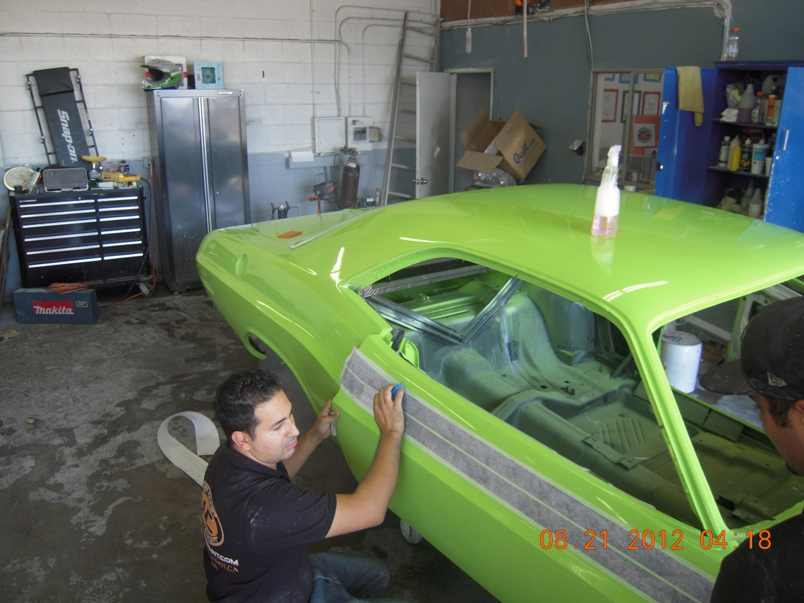 west-coast-body-and-paint-sublime-green-1971-dodge-challenger-45