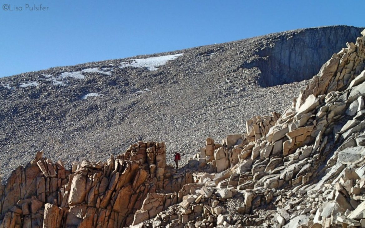 Amazing rock formations along the trail to the summit.