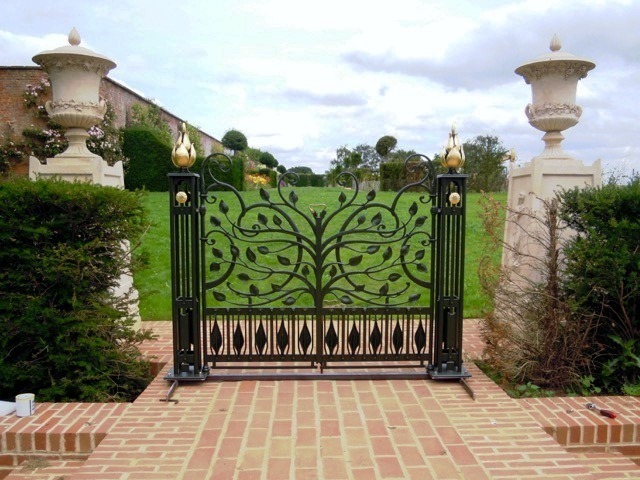 Fold Gilded Gate made for the Thenford House, Northamptonshire