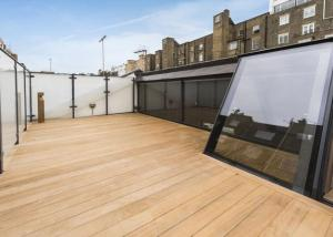 Roof top balcony in central London