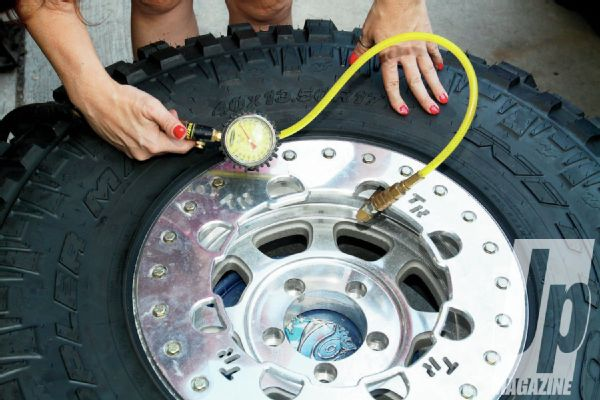 adding-air-into-tire