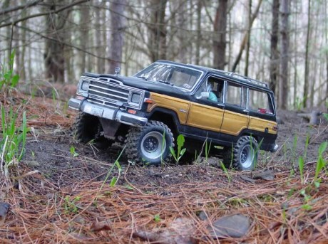 Headquake RC Grand Cherokee • WCXC