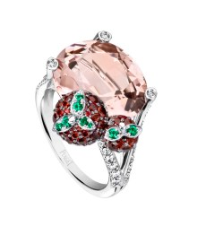 Limelight Cocktail Party - Strawberry Margarita Cocktail Inspiration 18K white gold ring set with 1 oval-cut morganite (approx. 9.38 ct), 82 round rubies (approx. 1.46 ct), 34 brilliant-cut diamonds (approx. 0.50 ct), and 8 round emeralds (approx. 0.06 ct).