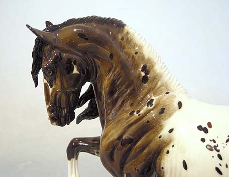 MAJESTUOSO sculpture by Stacey Tumlinson