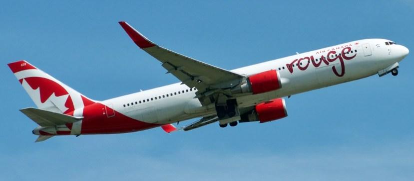 Air Canada loses $1.7 billion in second quarter