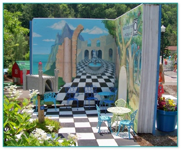 25 Decorations Alice In Wonderland Landscape Pictures And Ideas On