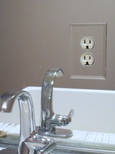 Cover plate in bathroom