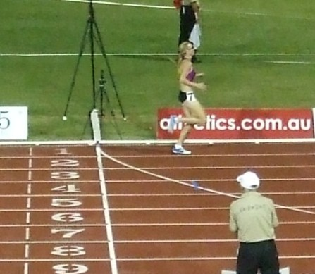 Tamsyn Lewis wins the 800m.