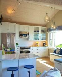 Built-in kitchen seating: The breakfast nook has been ...