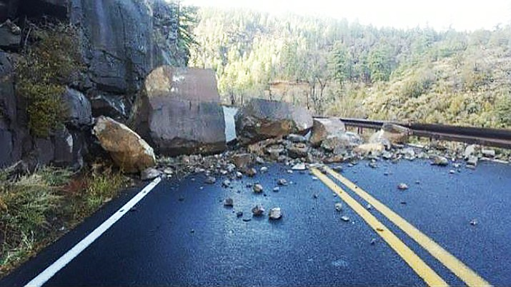A morning rockslide on SR 89A in Oak Creek Canyon caused delays Monday, with traffic alternating in the southbound lane as crews work to clear rocks from the road. (Photo courtesy of Arizona Department of Transportation)