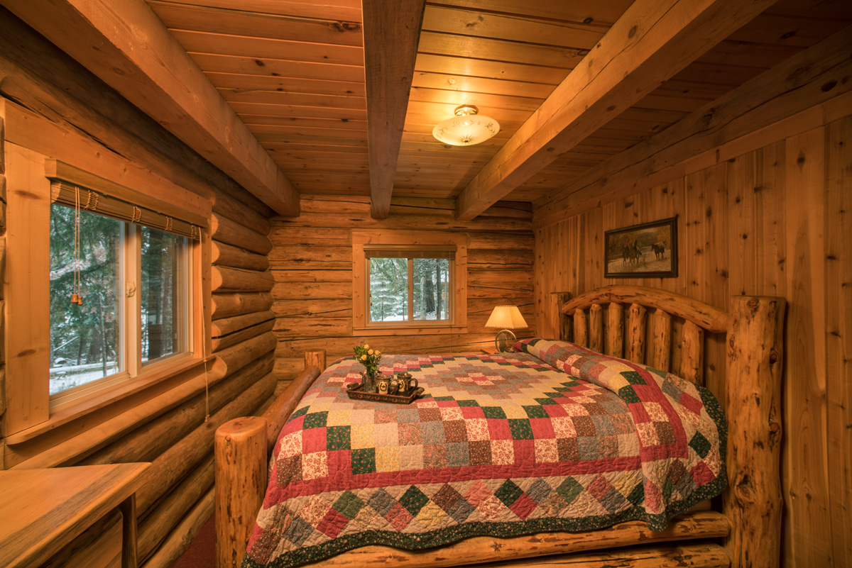 Wrangler Log Cabin  Western Pleasure Guest Ranch