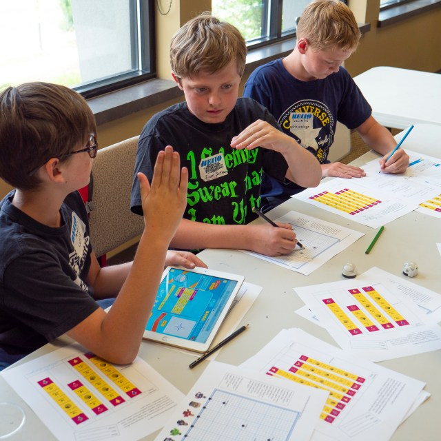 Students try out new teaching materials for computational thinking skills. Part of the Teachers in Innovative Transportation Systems (ITS-RET) program.