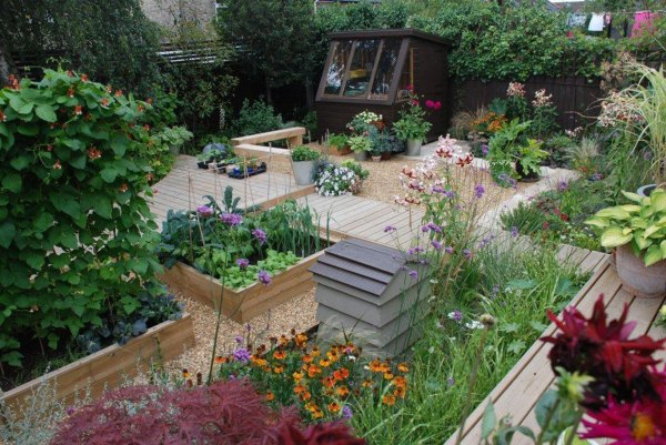 garden landscapers in essex
