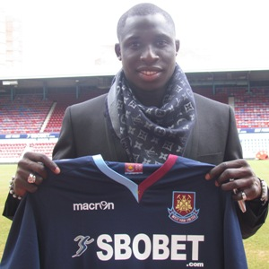 Breaking News: Diame Signs