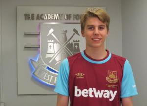 Martin Samuelsen to West Ham 2015- Hammers sign young Norwegian from Man City