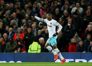 Diafra Sakho injury report- Striker out for 6 weeks after Man Utd injury