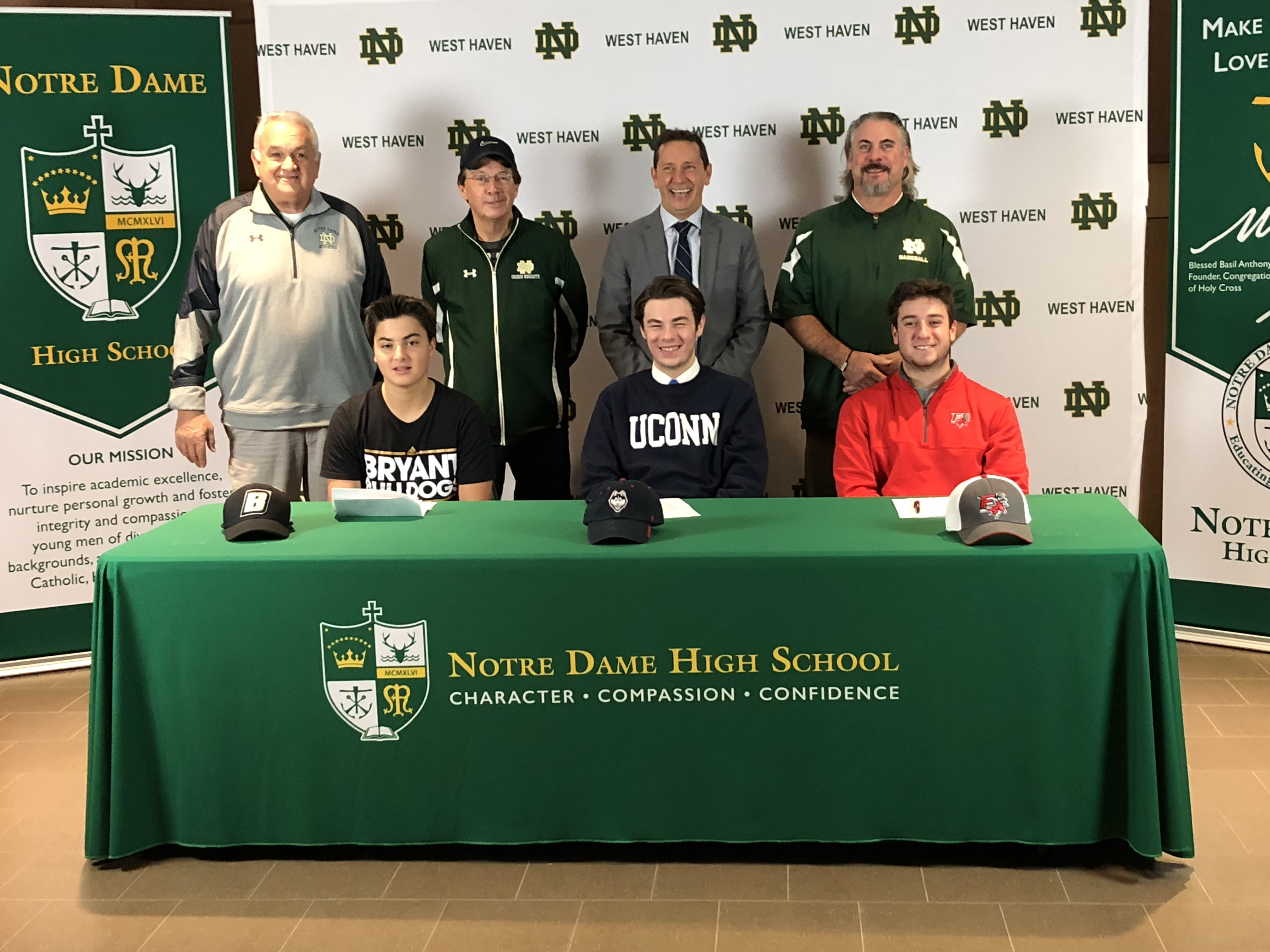 3 Knights sign with DI schools