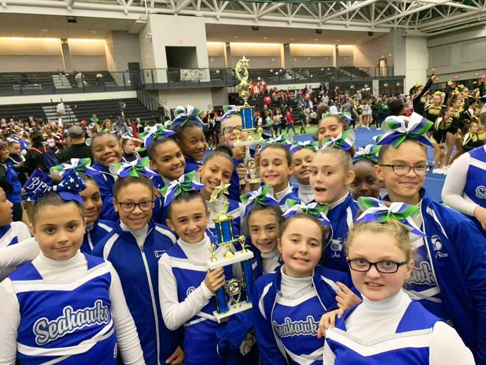 Seahawks cheer to state crowns