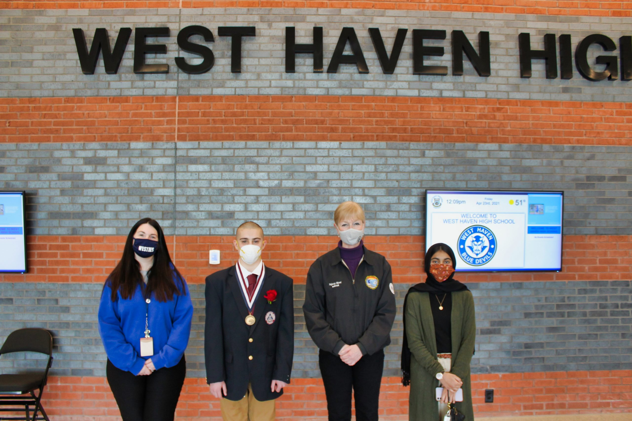 WHHS student wins competition