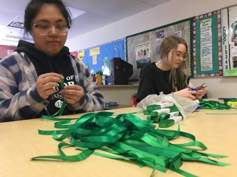 Ribbon making