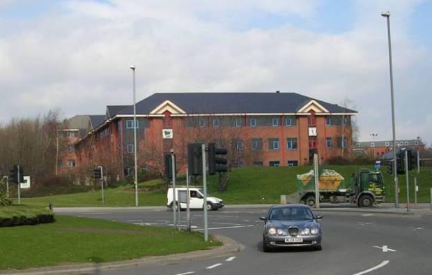 Dawsons Corner Green Flag