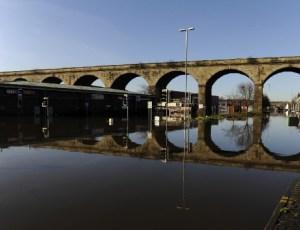 kirkstall road viaduct flood