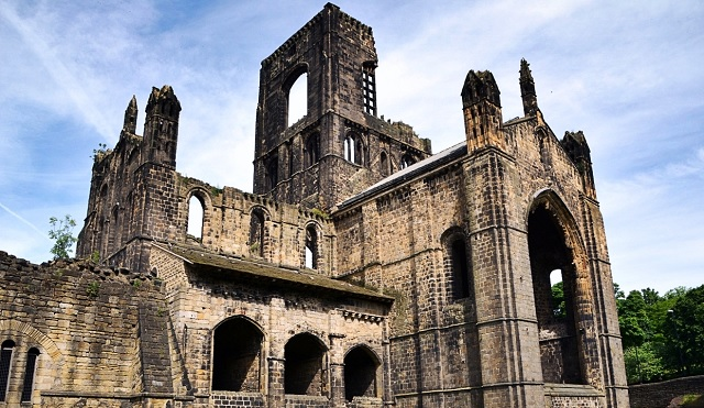 Harry Potter comes to Kirkstall Abbey