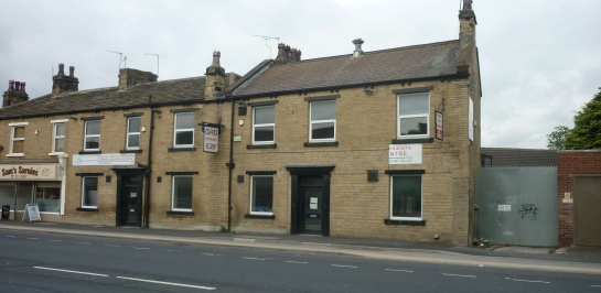 the crown armley road