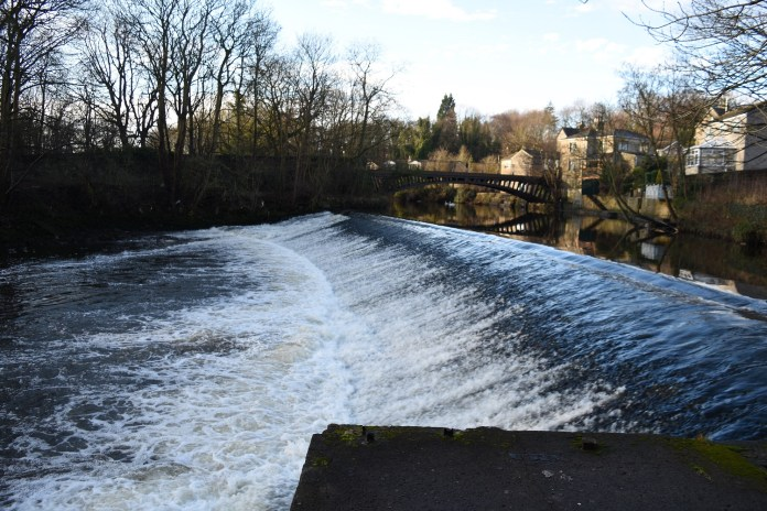 Work starts on River Aire fish passes at Armley and Newlay