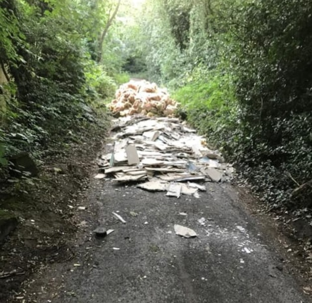 Tonnes of dumped rubbish removed from Farnley road