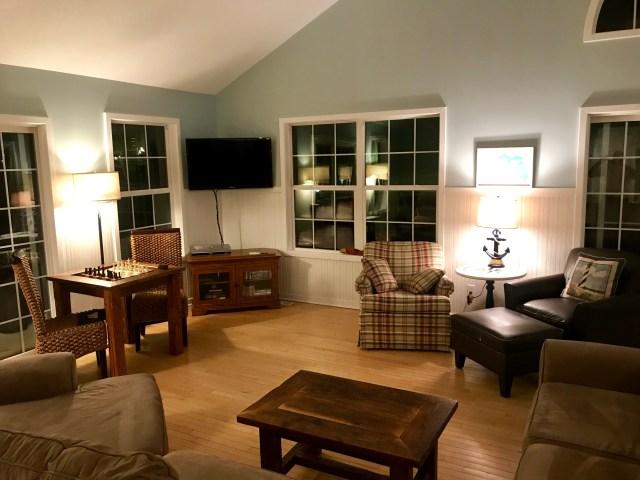 Parasal Living Room 3