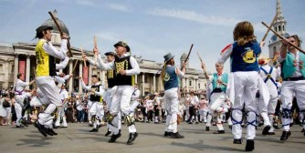 Great massed dance at 2008 Day of Dance