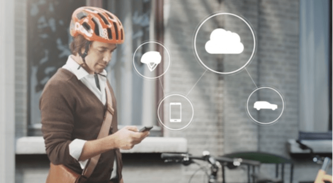 Cyclists' safety first: intelligent bikehelmets warn of accidents