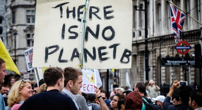 Young Londoners lead movement to stop fossil fuel investment