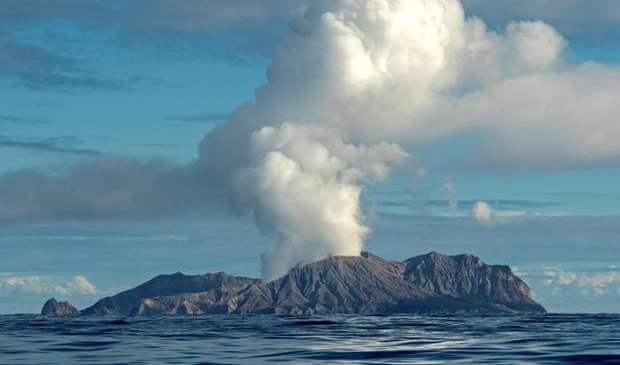 'No sign of Life' – White Island volcano erupts in New Zealand