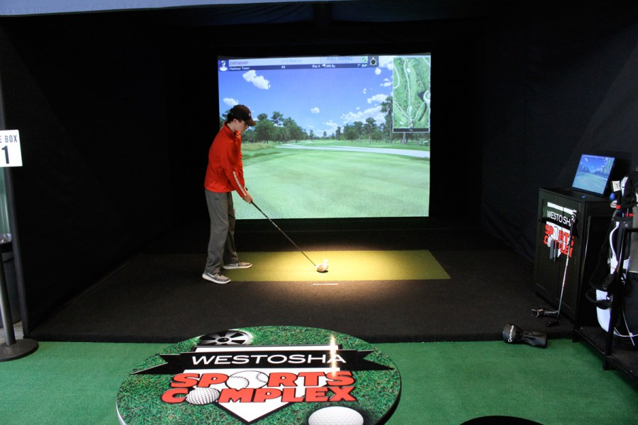 Full Swing - Indoor Golf Simulator Technology