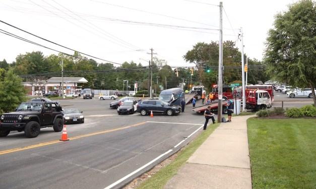 Post Road Accident Diverts Traffic Thru McDonald's