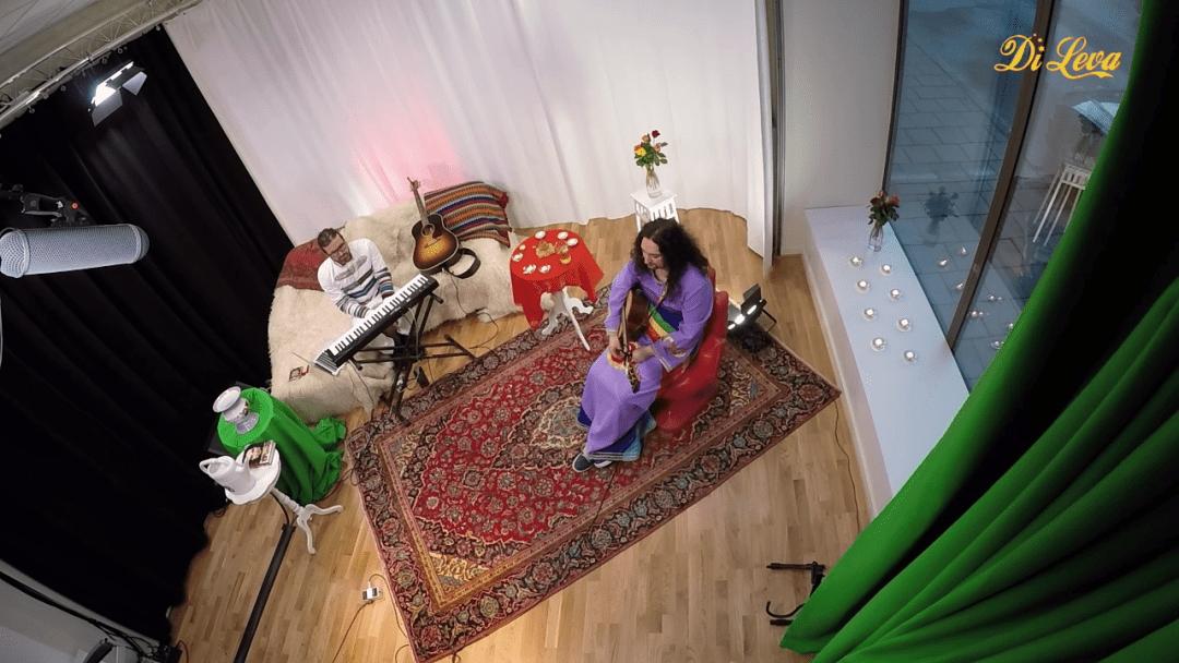 2015-04-27-di-leva-live-snap