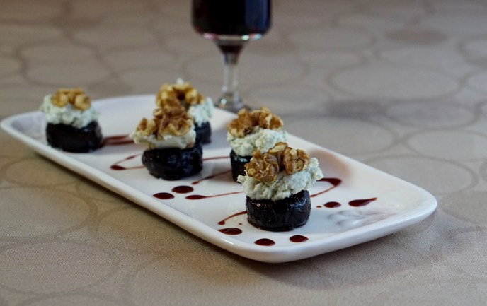 Port wine prunes with cheese and walnuts