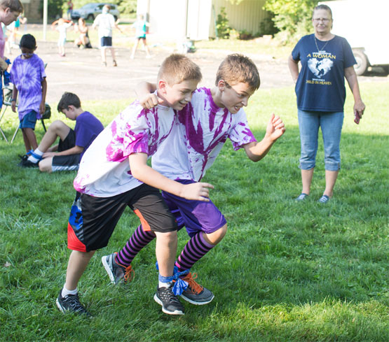 5th graders attempting the 3 legged race.