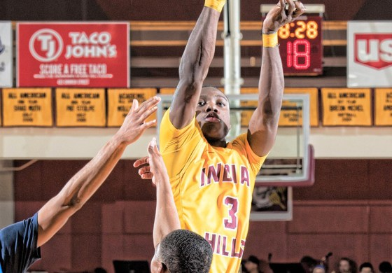Antonio Williams competes in NJCAA national tourney with Indian Hills C.C. in Iowa